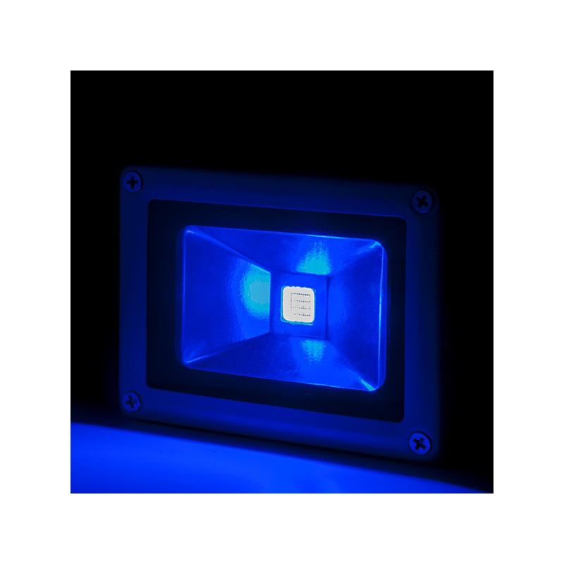 Foco proyector de leds para exterior brico 10w 850lm 30 for Focos de led para exterior